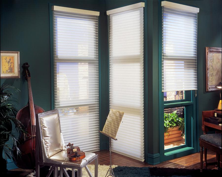 In house decoraci n bogot cedritos norte cortinas lavado for Cortinas decorativas para puertas
